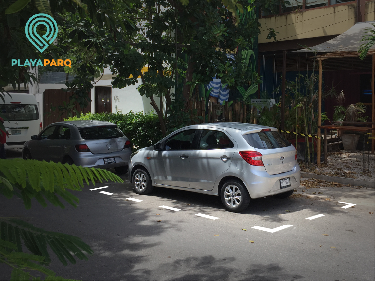 Parking Meters: Parking in Public Areas of Playa del Carmen