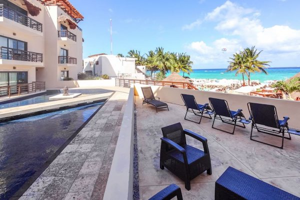 property management; Estrella del Mar means 'starfish' in Spanish. It's one of the many species of marine life that can be found in the waters off the coast of Playa del Carmen, a location popular for its scuba diving and snorkeling.