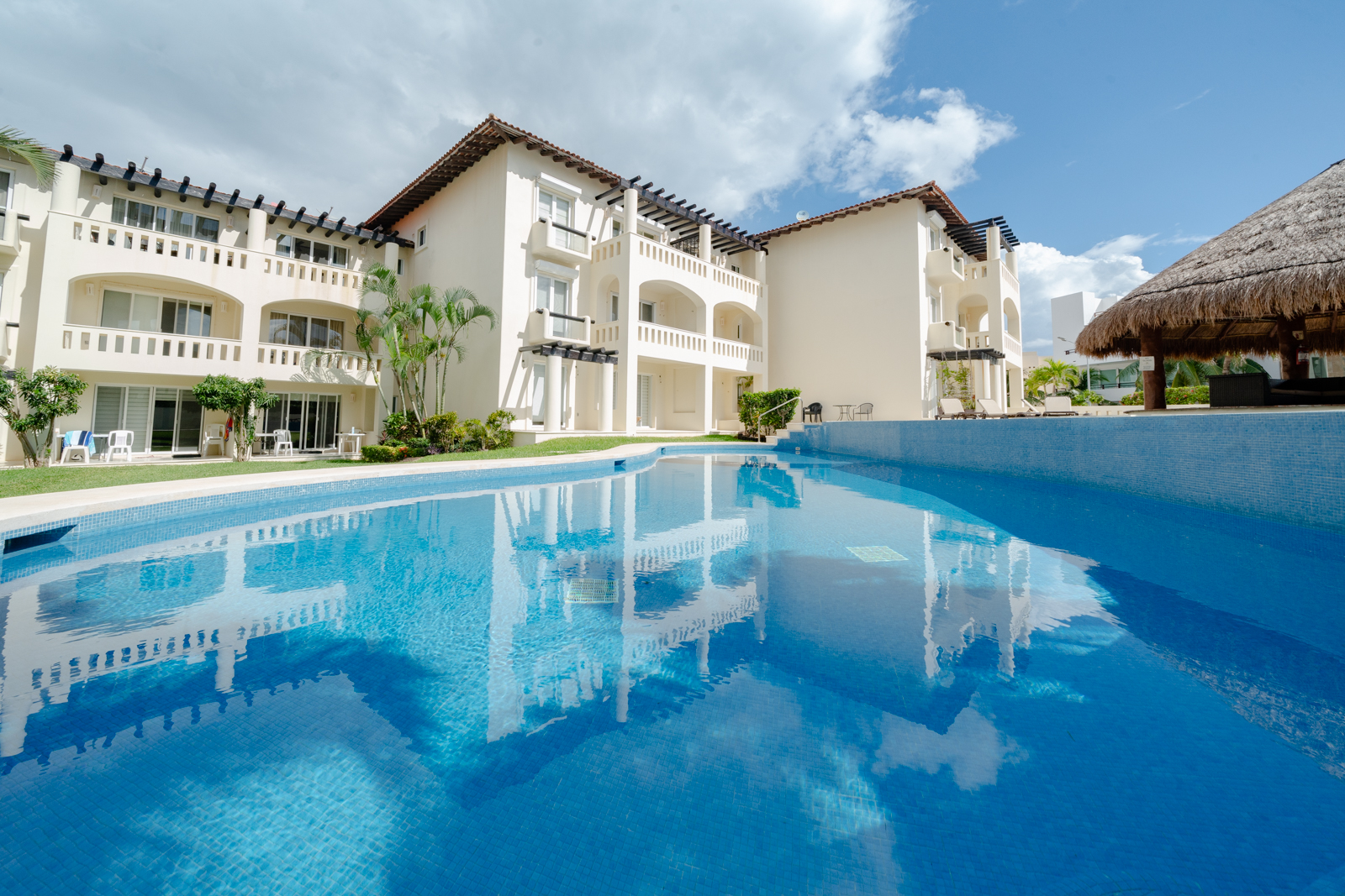 Luna Maya Tormenta 5 Playa del Carmen Condo Home For Sale Real Estate to Buy