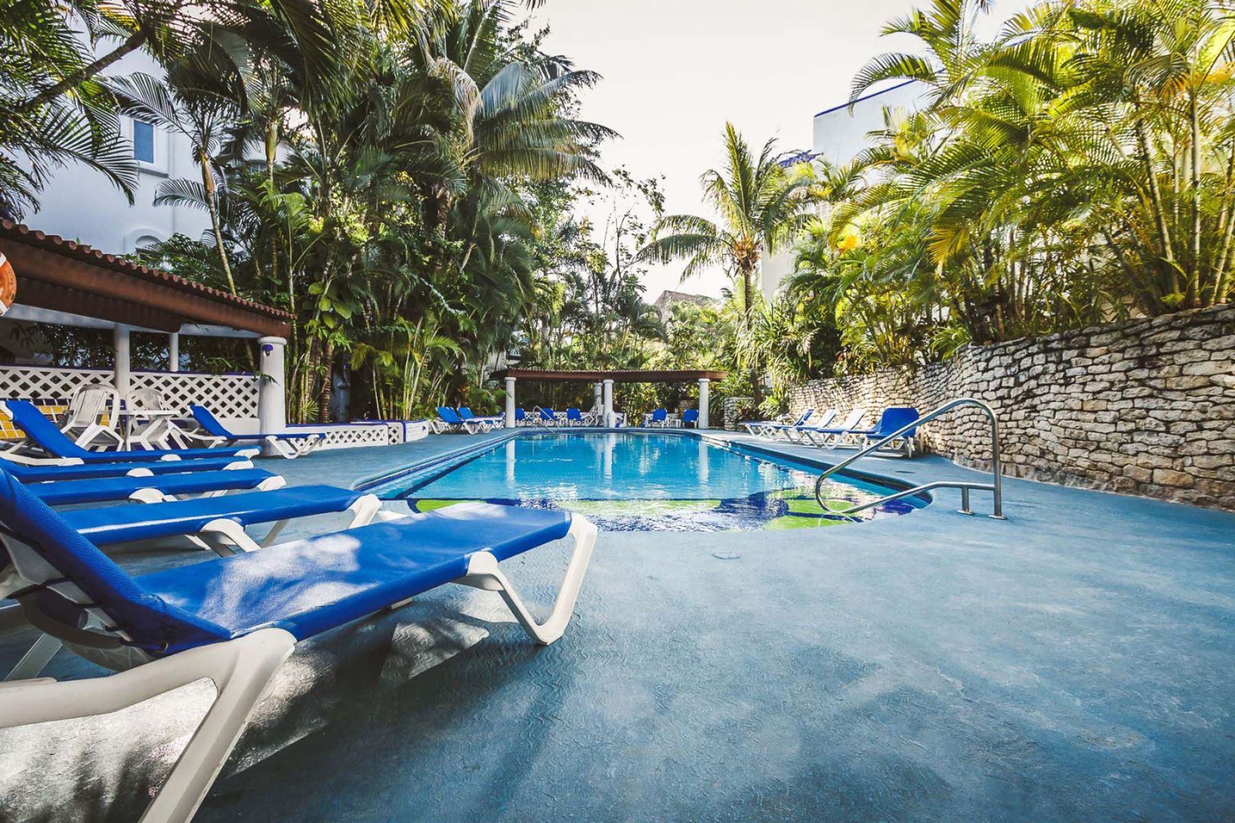 Natz Ti Ha Pool Area