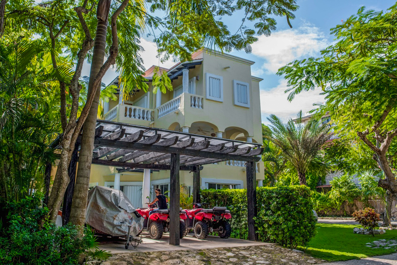 Casa la Morada Playa del Carmen Condo Home For Sale Real Estate to Buy