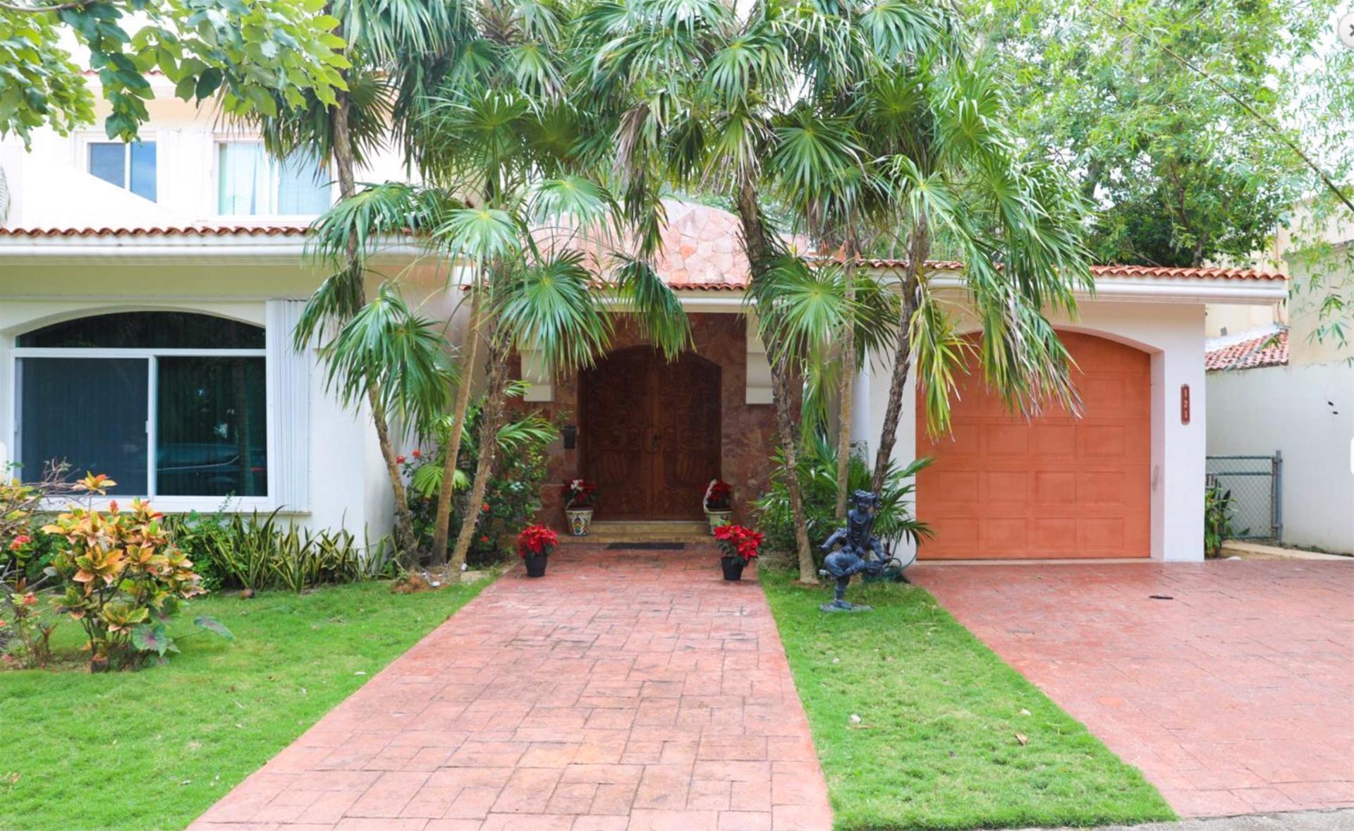 Casa del Arbol Grande Playa del Carmen Condo Home For Sale Real Estate to Buy
