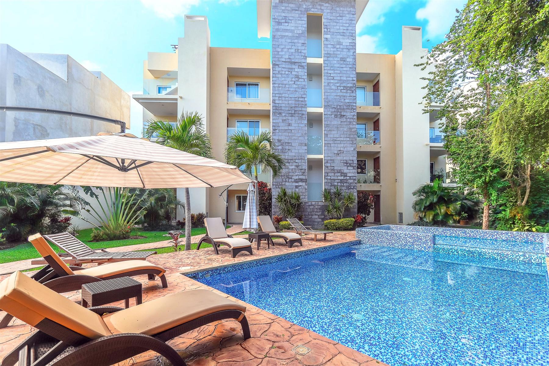 Le Parc 8 El Cielo Plaza Playa del Carmen Condo  For Sale Real Estate to Buy