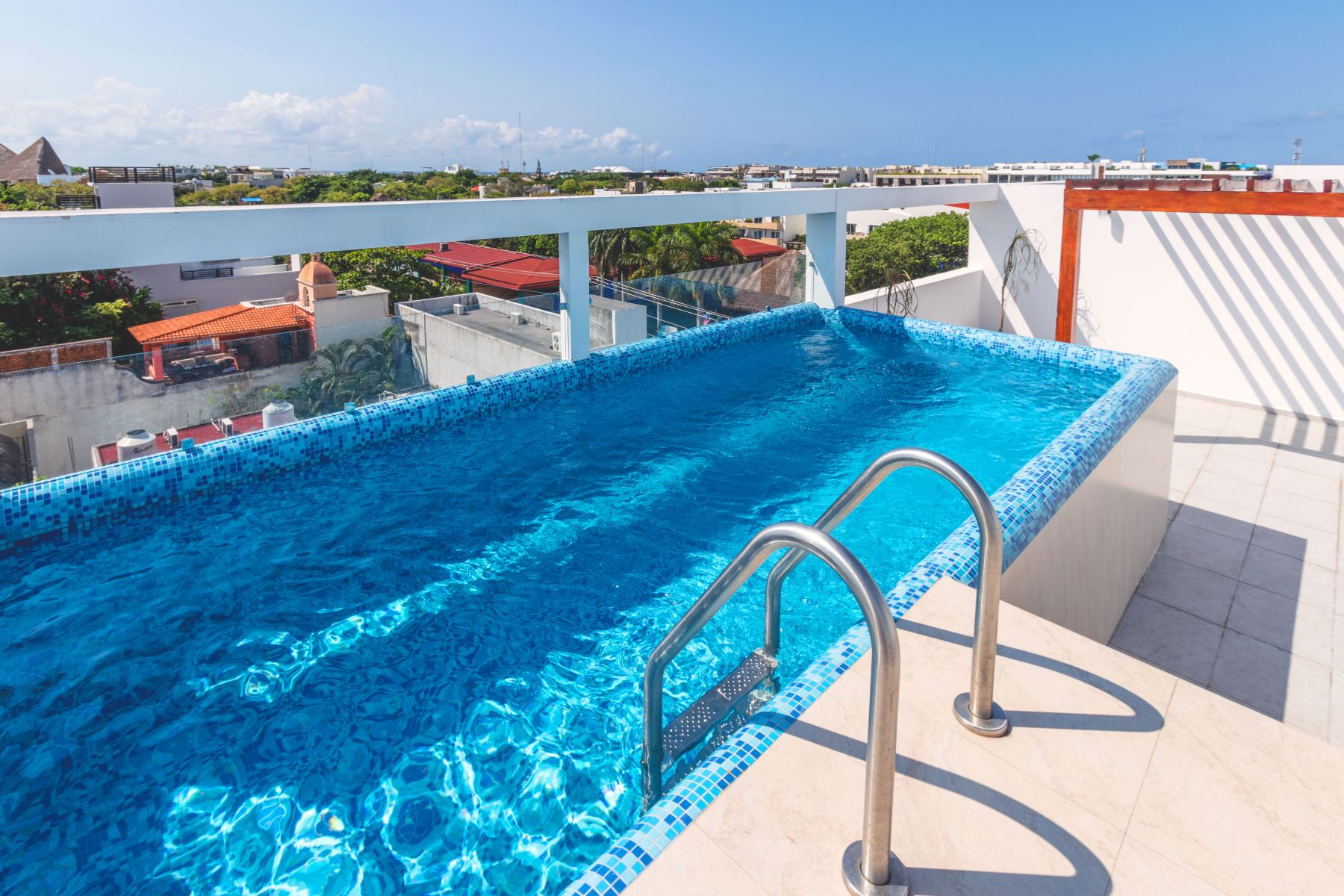 Common rooftop pool
